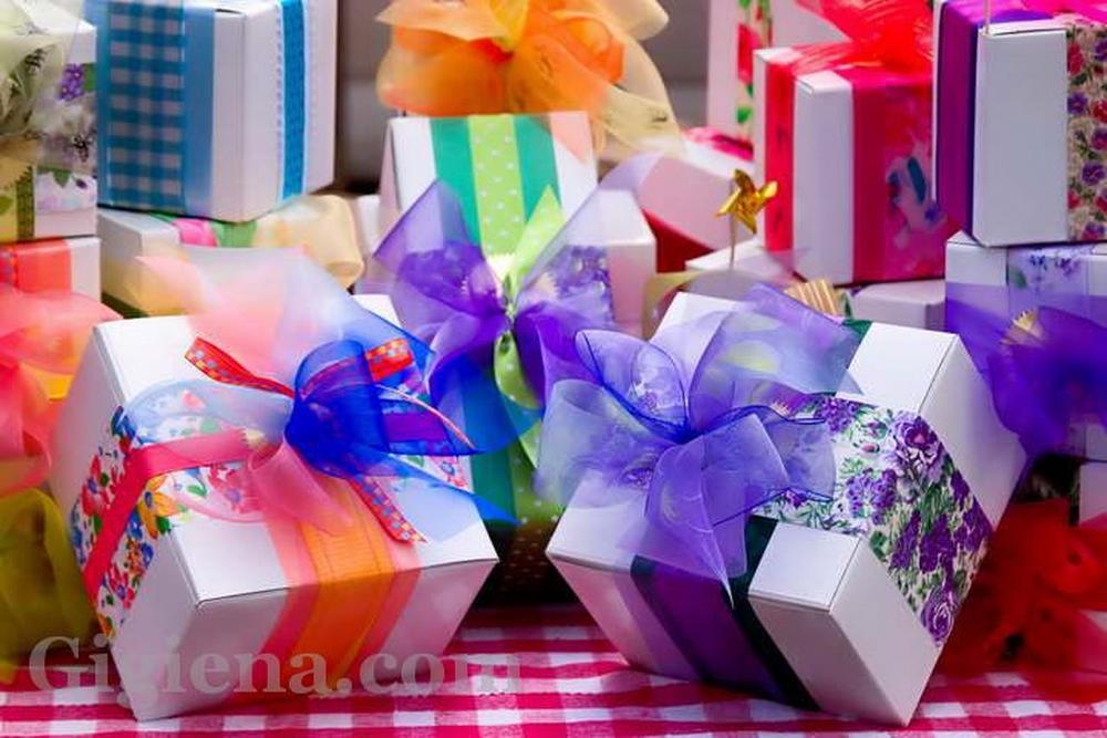 подарки девушкам