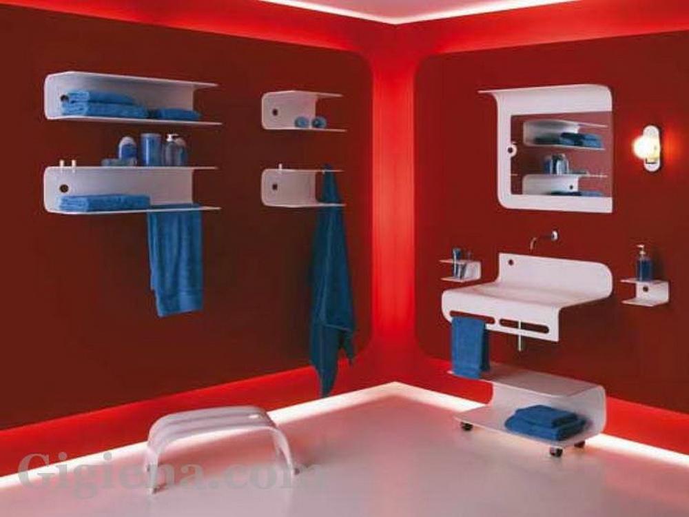 пластиковая фантазия в ванной