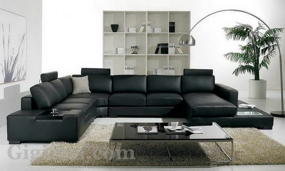 удобный диван в госиной
