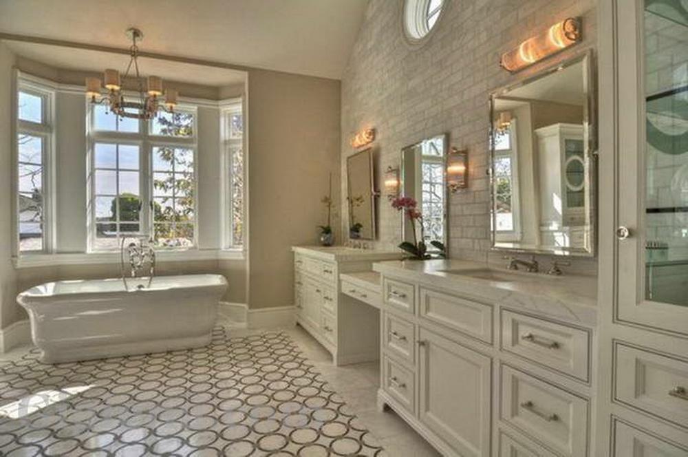 ванная элитная мебель светлая