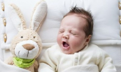 младенец дома