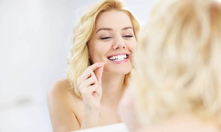 почистить зубы