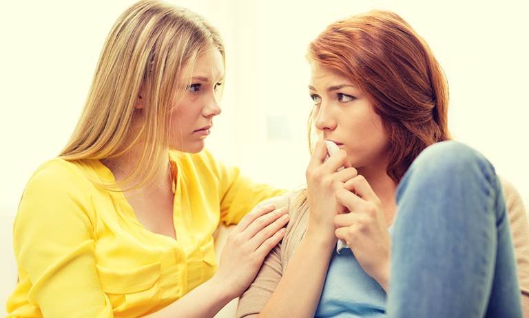 Как успокоить подругу? Как успокоить девушку на расстоянии и предупредить истерику