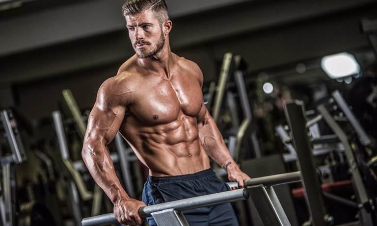 сколько набирать мышечную массу