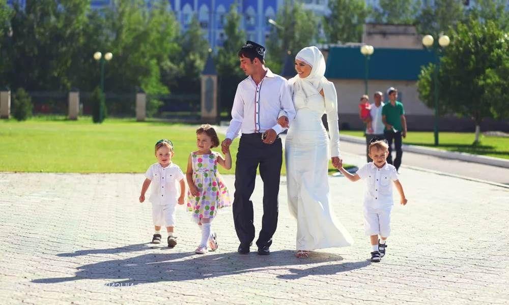 мусульманская семья жена