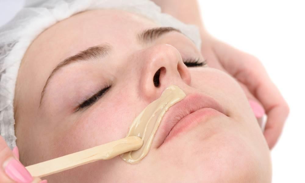 делаем эпиляцию верхней губы